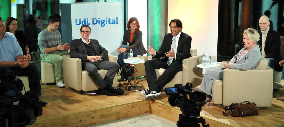 Cornelia Pieper, Florian Resatsch & Cherno Jobatey in UdLDigital Talkshow