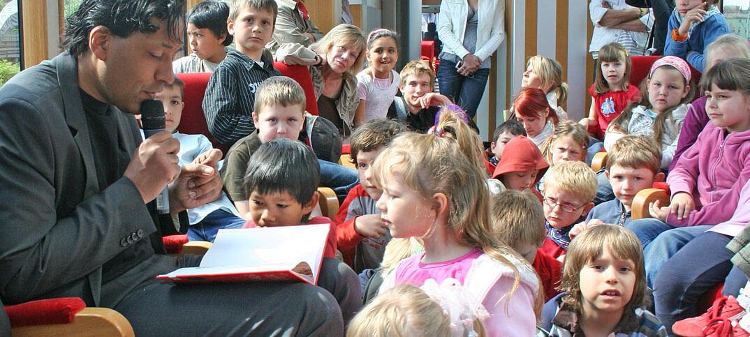 Cherno-Jobatey-liest-Tag-des-Buch-3