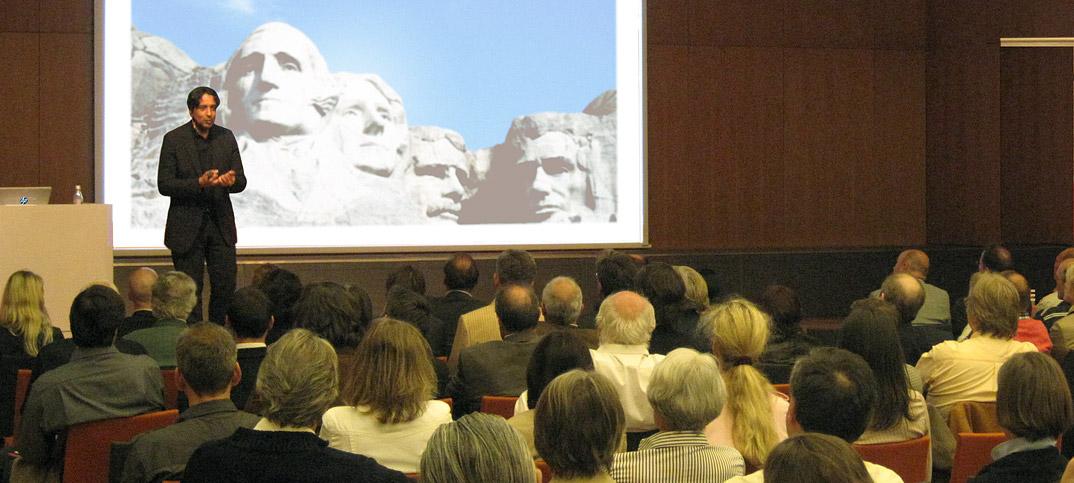 Referent Cherno Jobatey Vortrag System Amerika