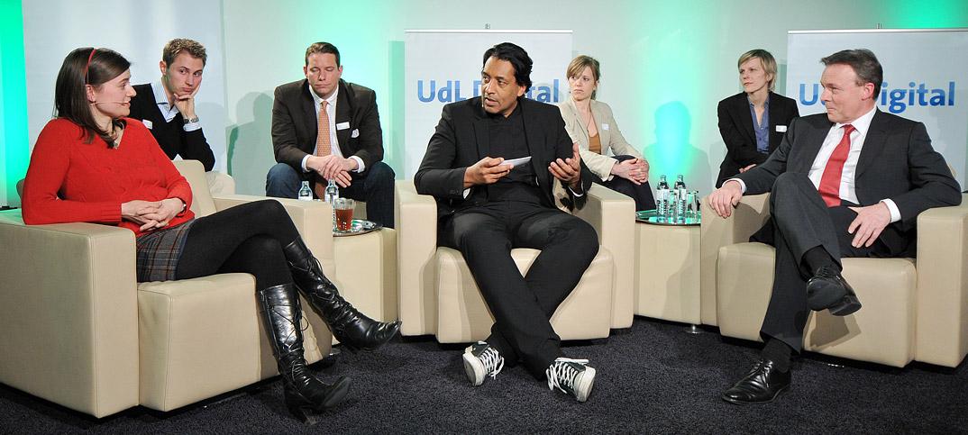 Thomas Oppermann Anke Domscheidt-Berg & Cherno Jobatey in UdLDigital Talkshow