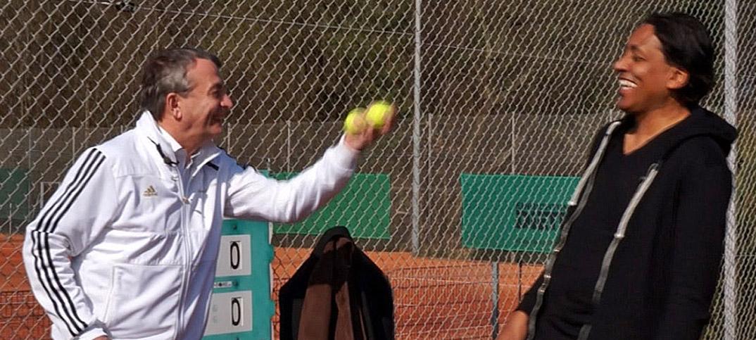 Wolfgang-Niersbach-Cherno-Jobatey-spielen-Tennis
