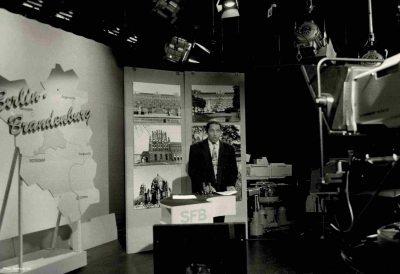 Cherno moderiert SFB Nachrichtensendung Berlin Brandenburg im SFB Vorabendprogramm
